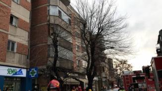 Incendiu puternic intr-un bloc din Dorobanti UPDATE