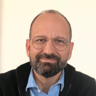 """Incendiul de la """"Matei Bals"""". Dr. Radu Lupescu, medicul ATI decorat de presedintele Frantei: """"Este groaznic sa-ti moara pacienti din cauze evitabile"""""""
