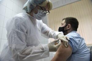 Incepe imunizarea cu a treia doza. Lista centrelor de vaccinare din judetul Brasov
