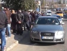 Incident la vot in R. Moldova: Reporter lovit de seful PSD Chisinau