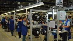 Incident periculos la o fabrica din Sfantu Gheorghe: Angajati dusi de urgenta la spital