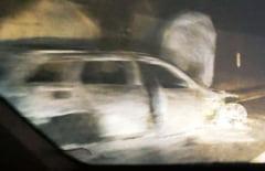 Incidente grave! Mașina unui arbitru a fost incendiată de suporterii furioși