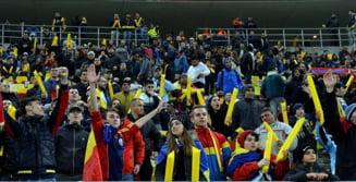 Incidente grave in tribune la Romania - Polonia: Lewandowski atacat cu petarde, 17 persoane duse la politie - UPDATE