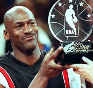 Incredibil! Cu cat s-a vandut tricoul lui Michael Jordan de pe vremea cand juca pentru o universitate din SUA