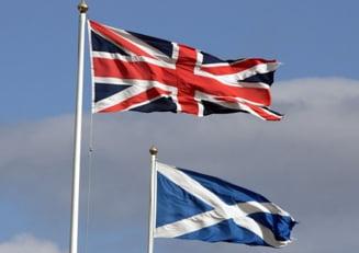 Independenta Scotiei, platita in lire sterline sau dolari?