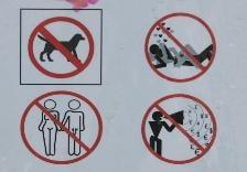 Indicator intr-un parc din centrul Sofiei: sexul interzis