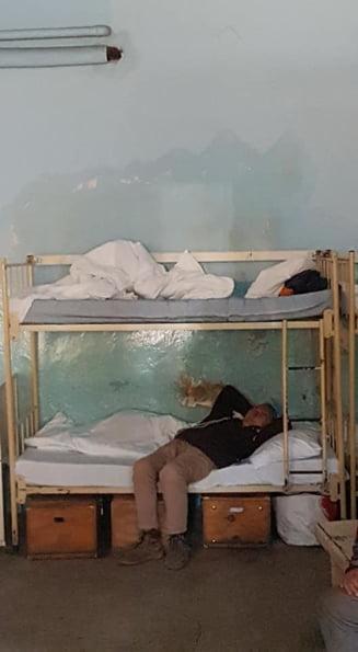 Infernul de la Spitalul de Boli Psihice Borsa, unde 22 de bolnavi stau intr-o camera mizera (Foto&Video)