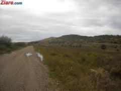 Infrastructura primitiva in Romania: Autostrazi vs. drumuri de pamant