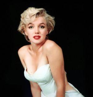 Inregistrare video cu Marilyn Monroe vanduta pentru 14.700 de dolari