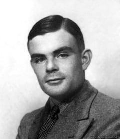 Insemnarile lui Alan Turing, cel care a descifrat codul Enigma, vandute cu o suma fabuloasa