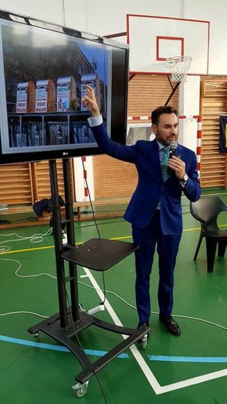 Inspectoratul Scolar Arad il acuza pe primarul Falca de actiuni politice in scoli. Replica edilului: Cum vor ei sa fie stapani pe cladirile altora?