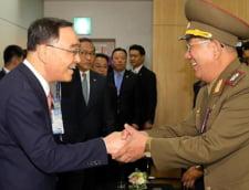 Intalnire istorica: Oficiali din Coreea de Nord, in vizita la vecinii din sud