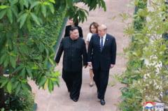Intalnire la granita: Trump a calcat pe pamant nord-coreean, Kim Jong Un a fost invitat in SUA (Foto&Video)