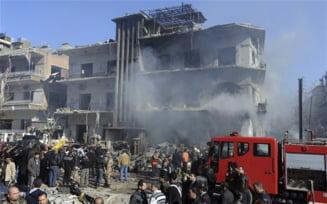 Intelectuali francezi cer interventie armata in Siria