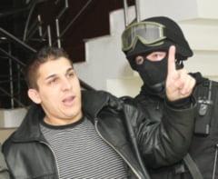 Interlopul Adrian Corduneanu va primi 15.000 de lei daune morale de la stat