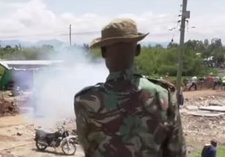 Intr-o tara africana, oamenii sunt atacati cu gaze lacrimogene ca sa respecte izolarea (Video)