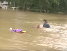 Inundatii catastrofale in SUA: 8 morti, zeci de mii de persoane salvate (Video)