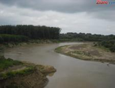 Inundatiile au facut pagube de 64 de milioane de lei infrastructurii din Prahova