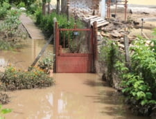 Inundatiile fac ravagii in Bulgaria - cum arata litoralul luat de viituri (Galerie foto)