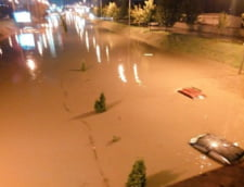 Inundatiile fac victime in Macedonia: Cel putin 21 de oameni au murit in viituri