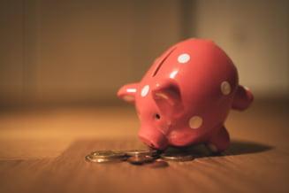 Invață să economisești banii pe care nu trebuie să îi cheltuiești. Cum faci asta în 5 pași simpli