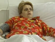 Invatatoarea Cristiana Anghel renunta la greva foamei (Video)