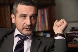 Invataturile lui Sebastian Lazaroiu catre umilii jurnalisti (Opinii)