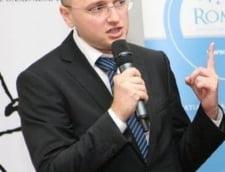 Invitatii Ziare.com Lucian Lumezeanu: Pentru prima data, trei palate conduc Romania