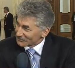 Ioan Oltean: Basescu nu conduce PD-L