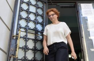 Ioana Basescu scapa de controlul judiciar. Nu si Elena Udrea, care are voie sa mearga la medic in Atena
