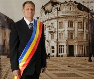 Iohannis: Eutanasierea cainilor, o barbarie inutila - ce masuri a luat la Sibiu