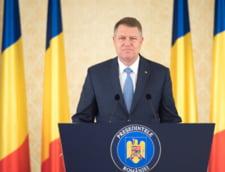 Iohannis, criticat ca isi petrece weekendul, in loc sa se ocupe de Guvern