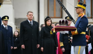Iohannis, despre un posibil referendum pe tema monarhiei: O fumigena