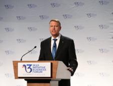 Iohannis, in deschiderea Summit-ului Celor Trei Mari: Suntem expusi unor riscuri majore. Viitorul economiei mondiale trebuie sustinut