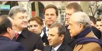 Iohannis, la marsul solidaritatii din Paris - a stat langa presedintele Ucrainei