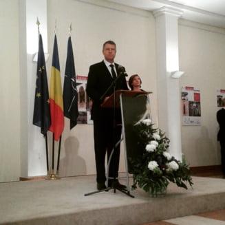 Iohannis, romanilor din Germania: Voi urmari cu atentie mersul lucrurilor in Parlament privind votul din diaspora