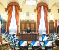 Iohannis a convocat o sedinta CSAT. Ce subiecte sunt pe agenda
