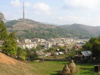 Printre beneficiari sunt si locuitorii orasului Zlatna