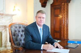 Iohannis a promulgat legea referendumului