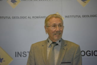 Iohannis a reclamat la CCR legea de infiintare a Institutului Levantului, condus de Emil Constantinescu