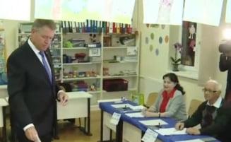 Iohannis a votat la Sibiu. A venit singur si nu a spus niciun cuvant despre pozitionarea sa fata de referendum