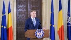 Iohannis asteapta motivarea CCR si nu se grabeste cu desemnarea unui alt prim ministru. Acuza PSD pentru criza creata
