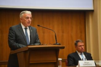 Iohannis cheama Guvernul si BNR la negocieri: S-a ajuns prea departe, politicile fiscale ale guvernantilor au dus la cresterea dobanzilor