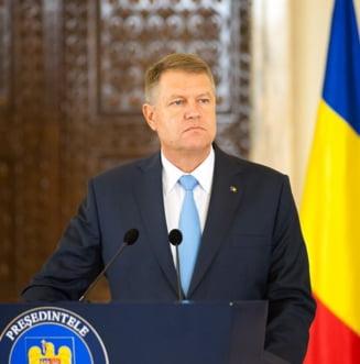 """Iohannis cheama luni partidele la Cotroceni pentru formarea noului Guvern: """"Va urma Constitutia pas cu pas"""""""