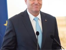 Iohannis i-a cerut explicatii lui Oprea: L-am sfatuit sa-si dea demisia