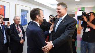 Iohannis l-a asigurat pe Macron ca Romania e o tara stabila: Nu e o problema daca se schimba Guvernul