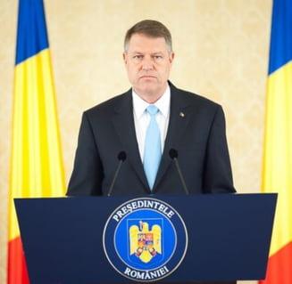 Iohannis l-a nominalizat pe Ciolos premier si pleaca la un summit in Malta (Video)