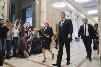 Iohannis si Dancila se evita? Merg la ore diferite la manifestarile de Ziua Armatei