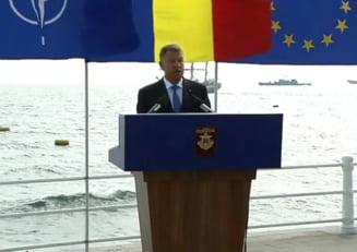 Iohannis si-a tinut discursul de Ziua Marinei - Unui militar i s-a facut rau, dar presedintele nu s-a intrerupt UPDATE
