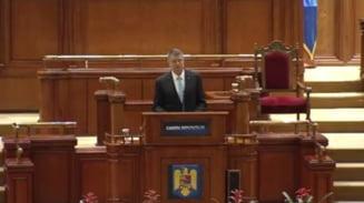 Iohannis va promulga pensiile speciale ale parlamentarilor. De ce nu le contesta la CCR